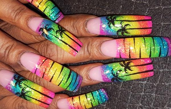 diseño de uñas para playa acrilicas