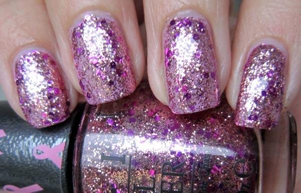 diseños de uñas con purpurina suave