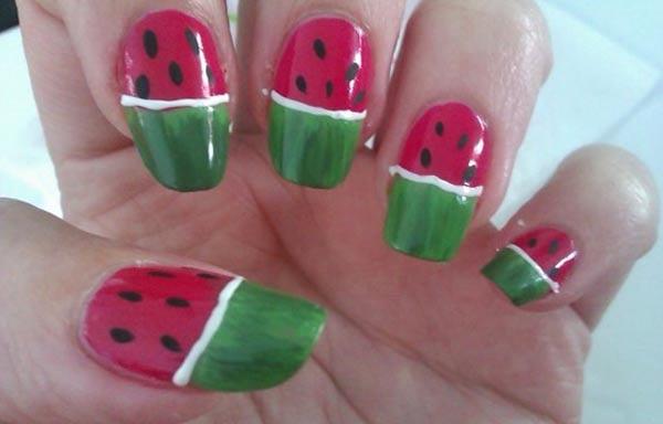 diseño de uñas de sandía acrilicas