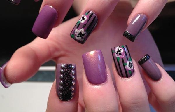 diseños de uñas que están usando mujeres