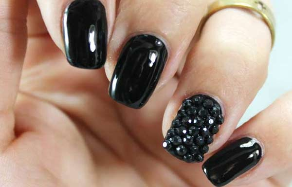 uñas decoradas color negro gel