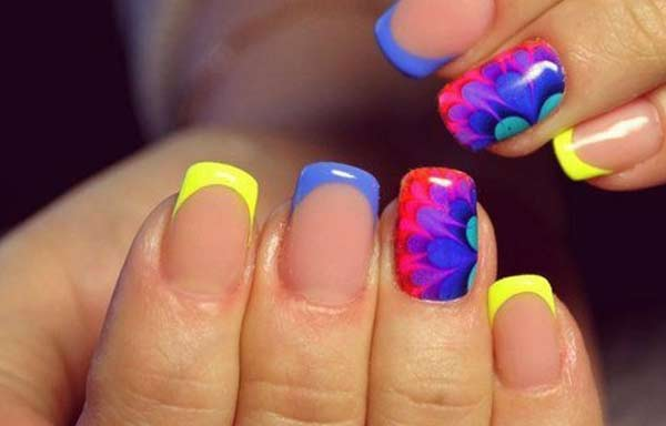 uñas decoradas color nude neon
