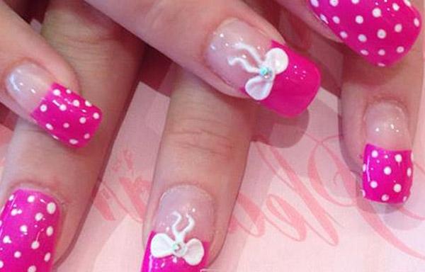 uñas acrilicas decoradas rosa
