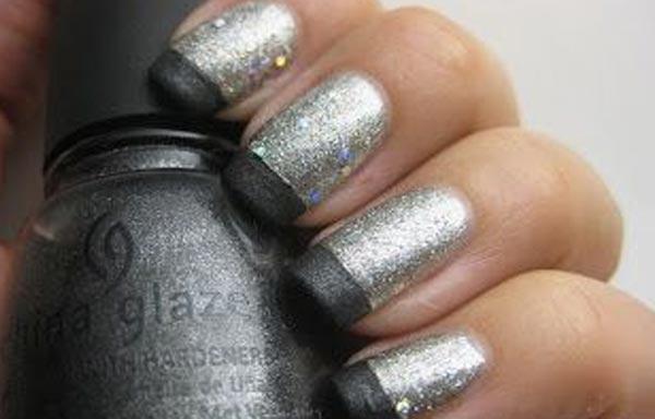 uñas decoradas color plata francesas