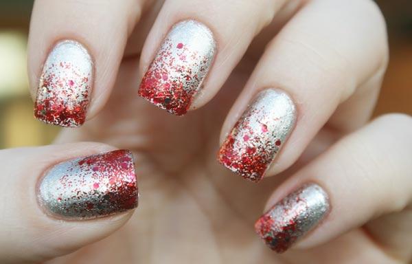 uñas decoradas color plata y rojo