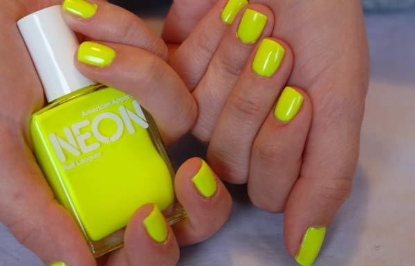 uñas decoradas colores neon amarillo