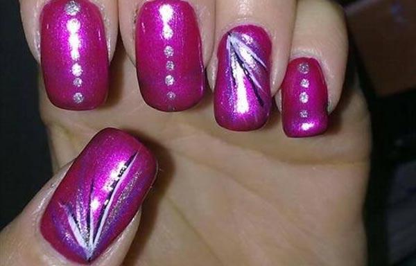 Uñas decoradas color bugambilia - UñasDecoradas CLUB