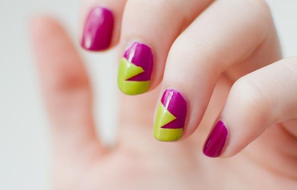 uñas decoradas color bugambilia y verde