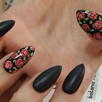 uñas de pico decoradas