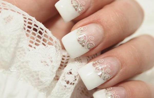 uñas blancas con dibujos