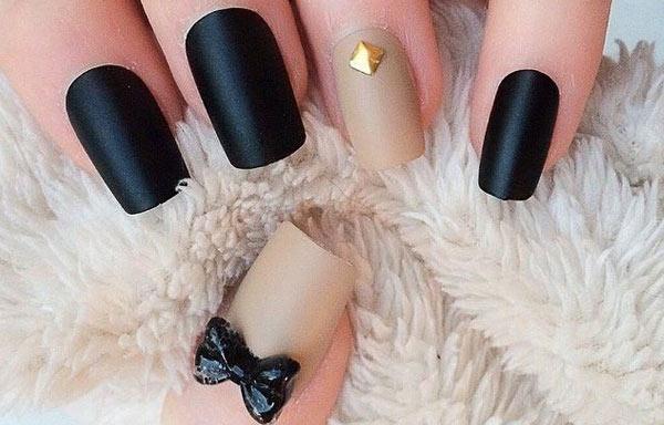 uñas negras decoradas paso a paso