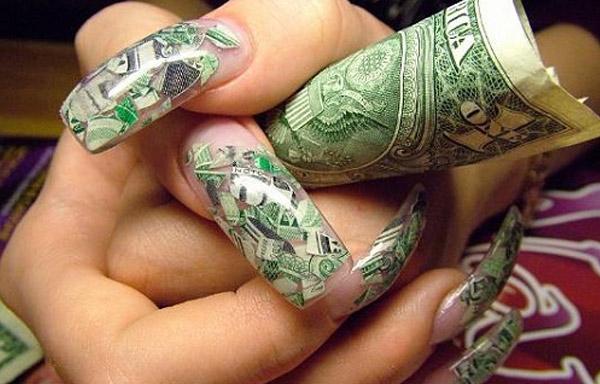 uñas decoradas con billetes paso a paso